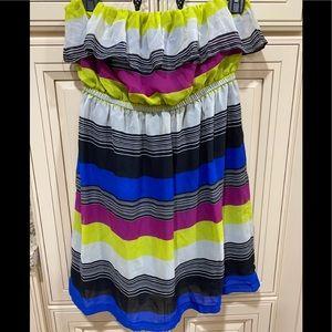 Striped strapless flowy dress